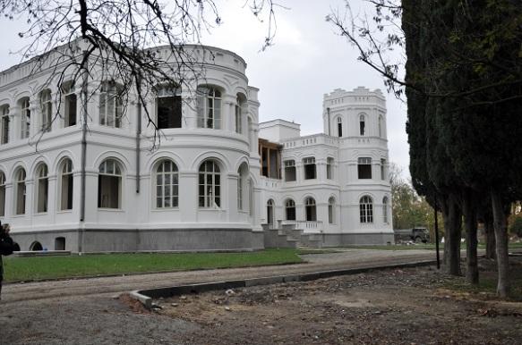 Chateau Mukhrani 3