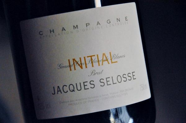 Champagne Initial Brut Jacques Selosse (600x399)