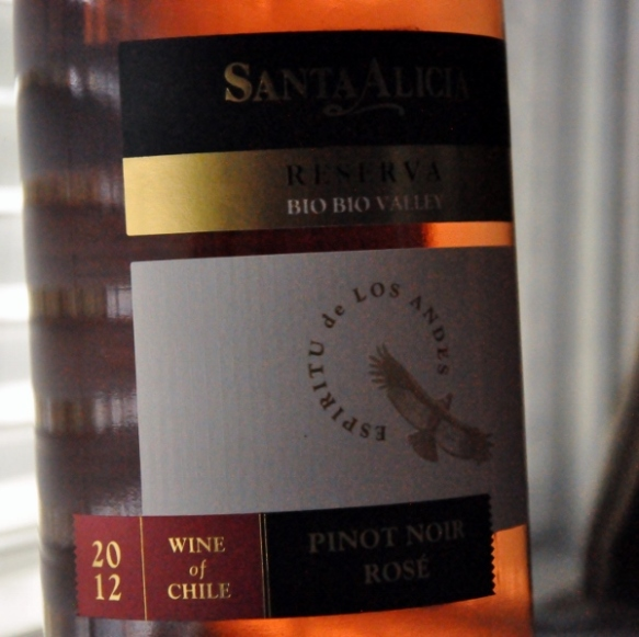 2012 Santa Alicia Reserva Pinot Noir 2 (600x597)
