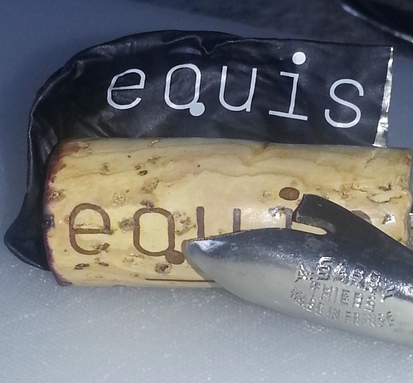 equis kork (600x556)