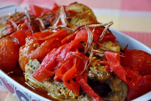 Kyckling i burmesisk tomatcurry (600x399)