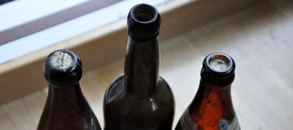 trenne flaskor tvenne korkar (600x266)