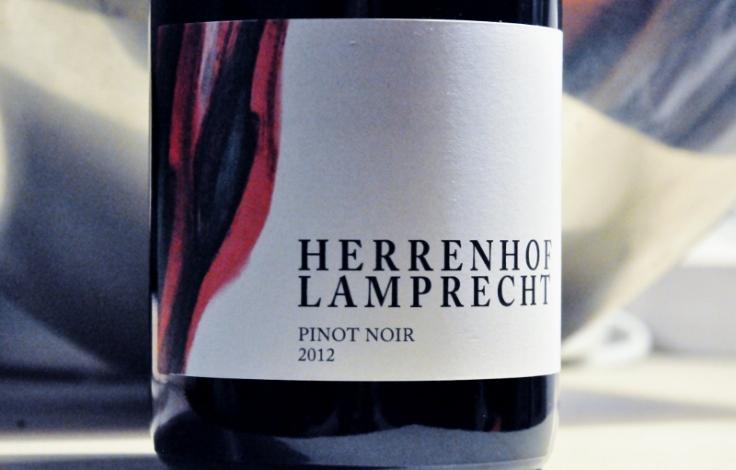 Herrenhof Lamprecht Pinot Noir 2012 (800x511)