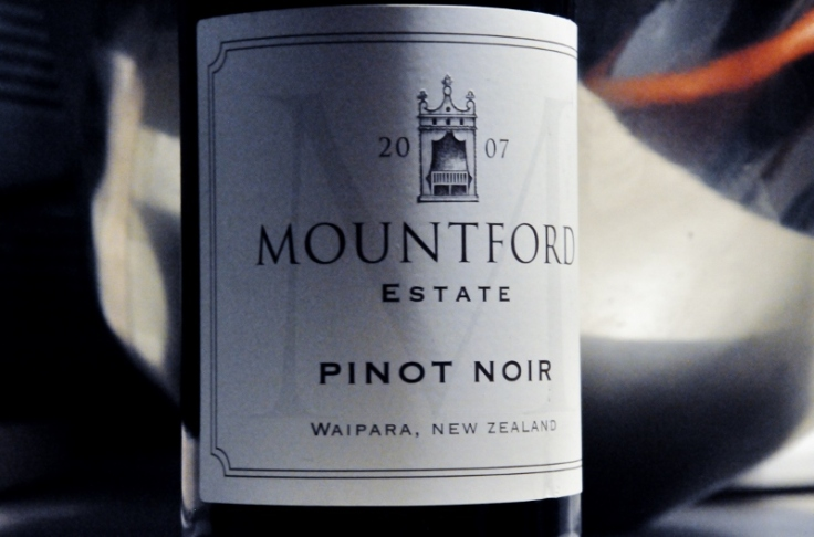 Mountford Estate Pinot Noir 2007 (800x529)