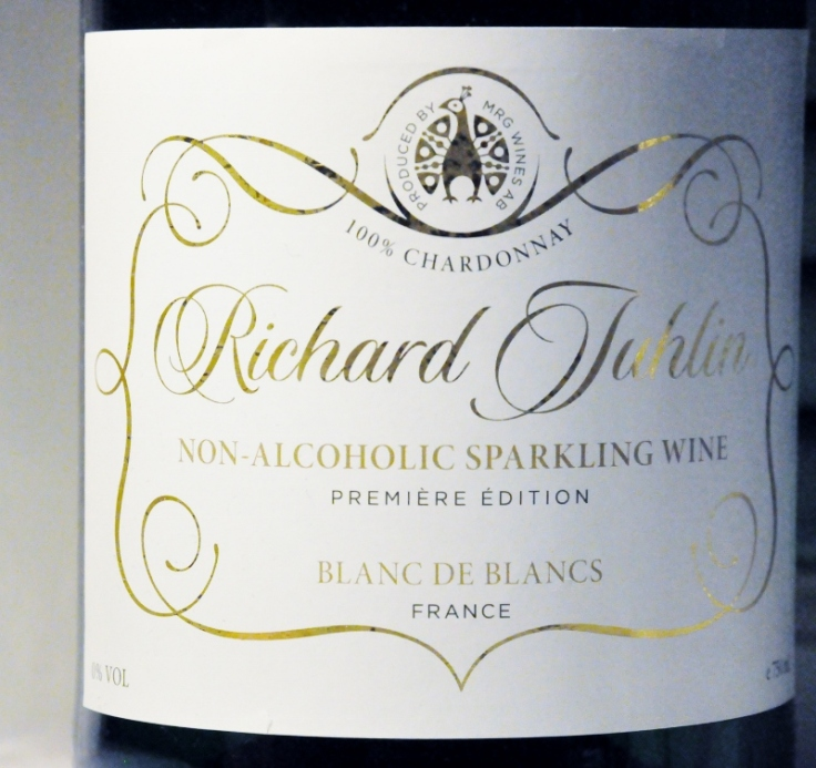 Rickard Juhlin non alcoholic sparkeling wine blanc de blancs (800x754)
