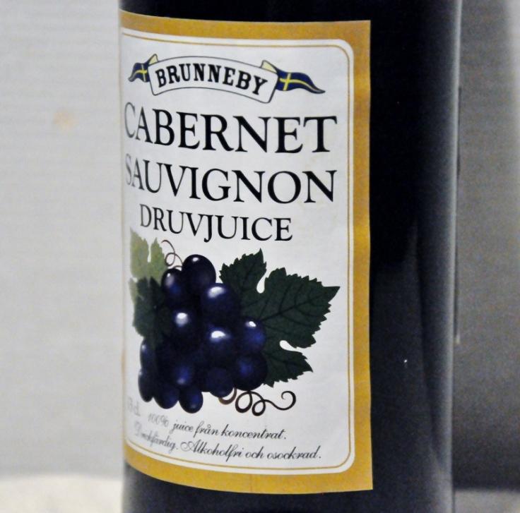 Brunneby Cabernet Sauvignon druvjuice (800x791)