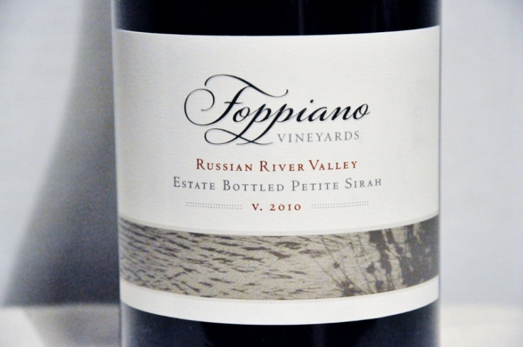 Foppiano Vineyards petite sirah 2010 (800x531)