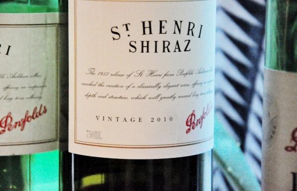 St Henri Shiraz 2010 (600x387)
